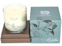 Antica Farmacista signature candle